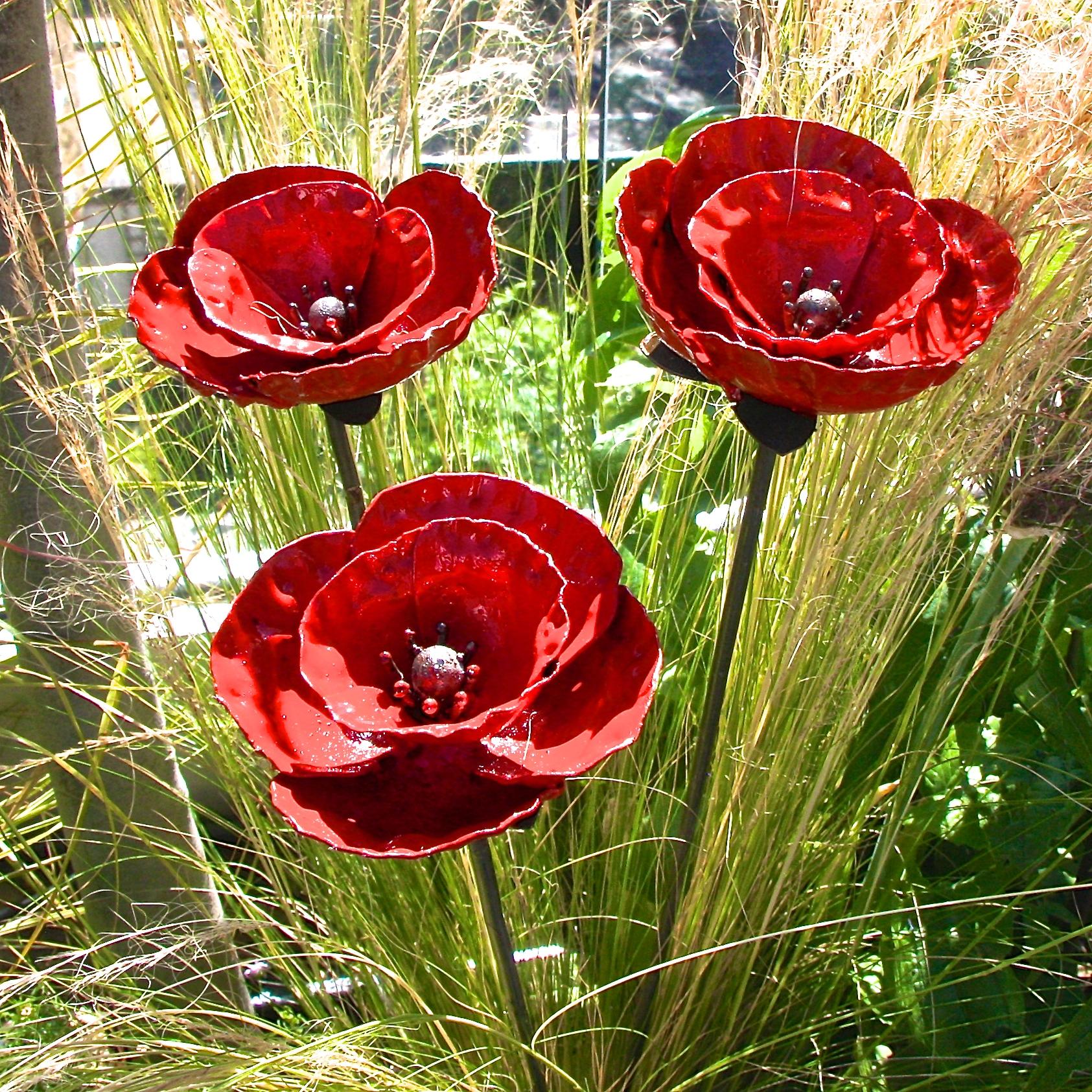 Set Of 3 Poppy Garden Sculptures